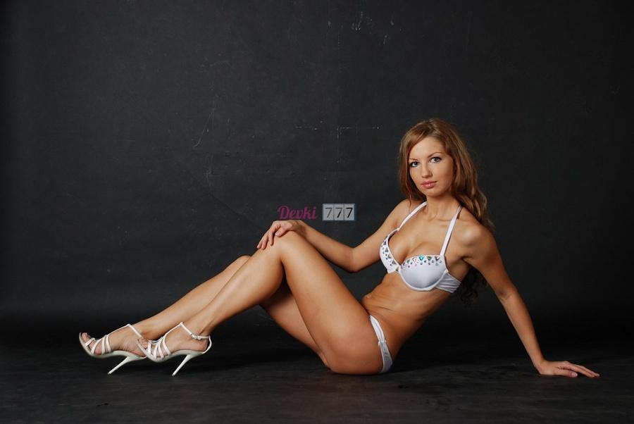 prostitutka-individualka-alina-s-metro-alekseevskaya-video-porno-gruppovuha